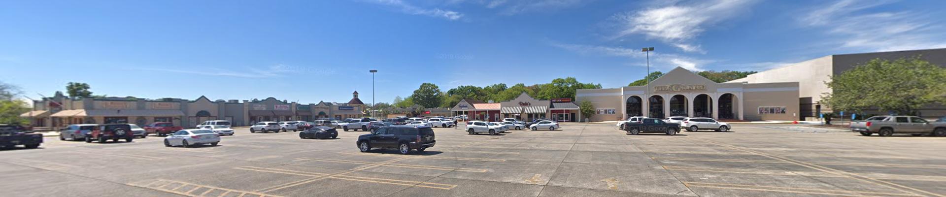 Bayou Landing Shopping Center – New Iberia