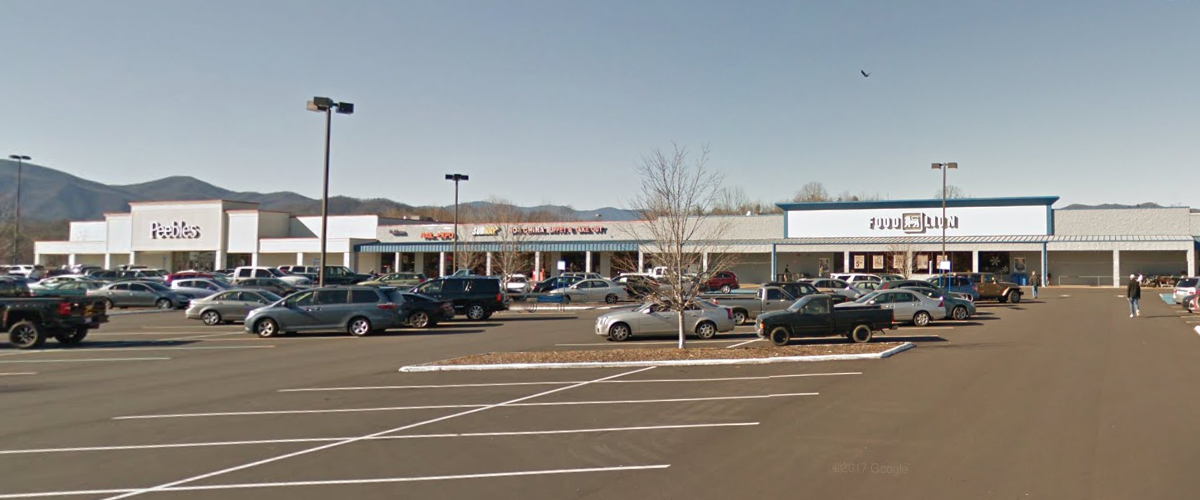 McDowell Square Shopping Center – Marion, North Carolina Left