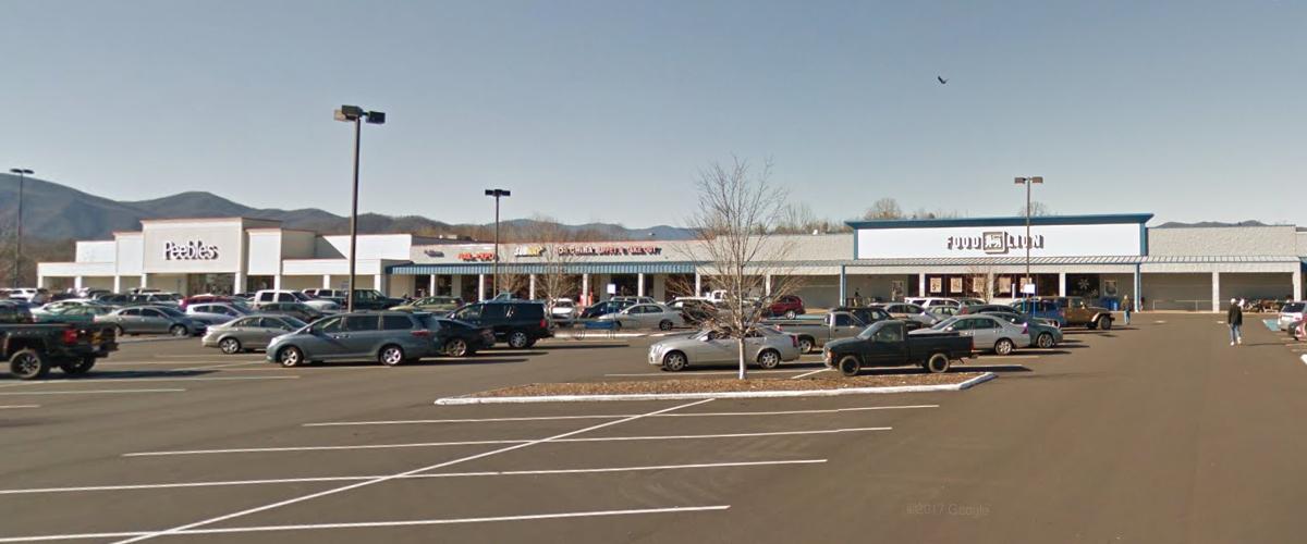 McDowell Square Shopping Center – Marion, North Carolina Left