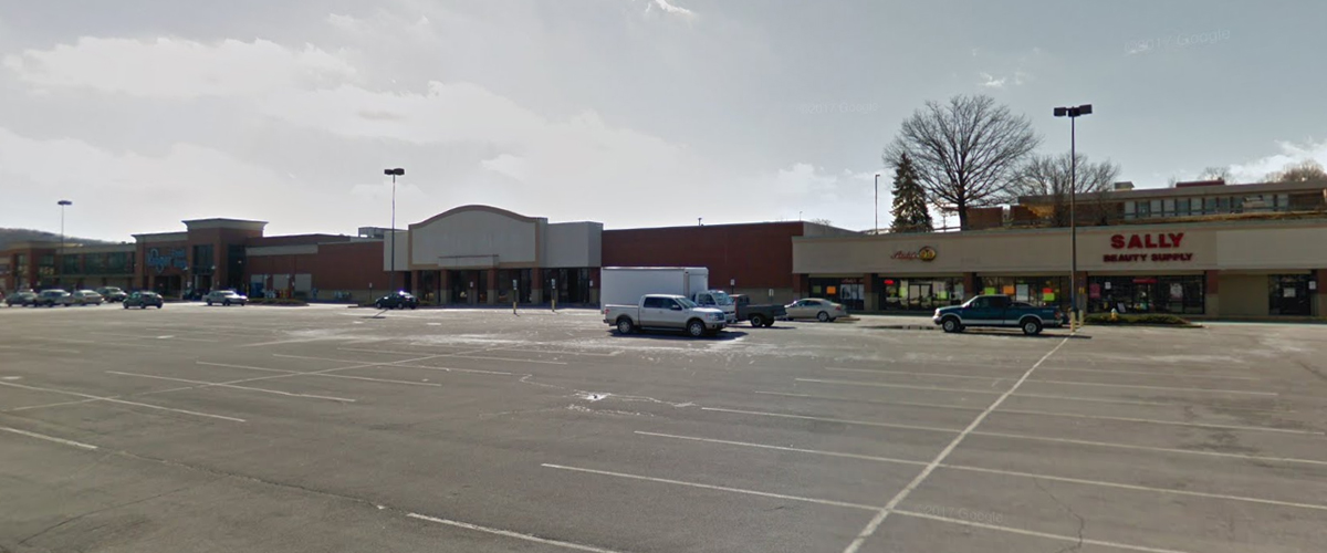 Stateline Shopping Center (Kroger) – Bristol, Virginia Right