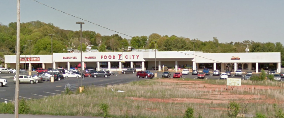 White Pine Shopping Center – White Pine, Tennessee Right